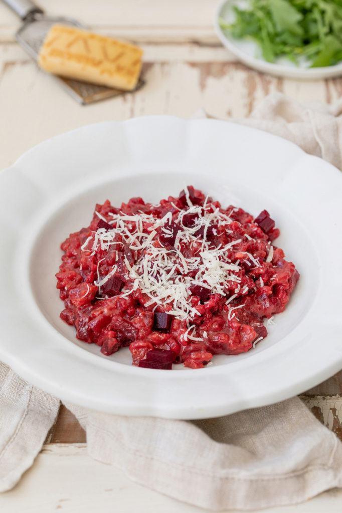 Leckeres Rote Rüben Risotto ohne Wein zubereitet nach einem Rezept von Sweets & Lifestyle®