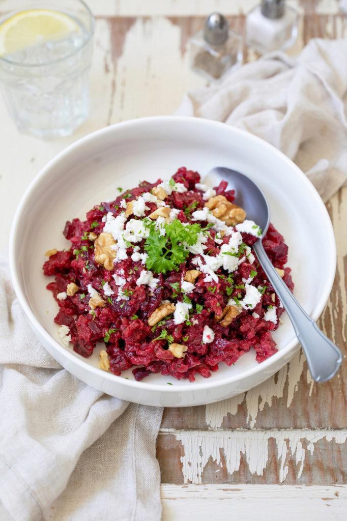 Rotes Rüben Risotto mit Feta und Walnüssen nach einem einfachen Rezept von Sweets & Lifestyle®