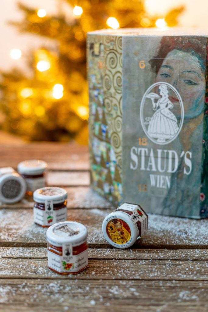 Staud's Adventkalender 2019 mit Kunstwerken der Wiener Moderne fotografiert von Verena Pelikan von Sweets & Lifestyle®