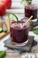Rote Rüben Smoothie mit Bananen und Äpfel als Katersmoothie nach einem Rezept von Sweets & Lifestyle®