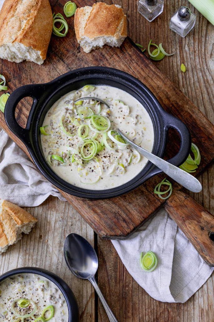Deftige Käse-Lauch-Suppe mit Faschiertem als Partysuppe nach einem Rezept von Sweets & Lifestyle®