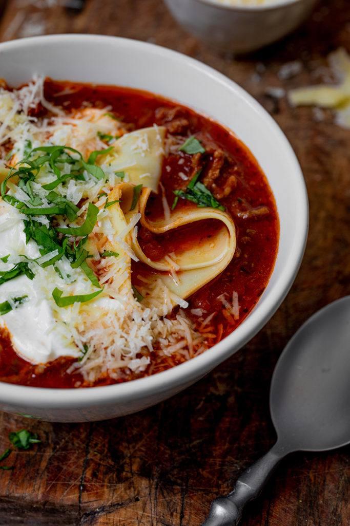 Leckere Lasagnesuppe nach einem Rezept von Sweets & Lifestyle®