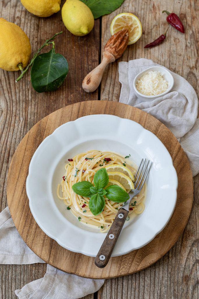 Einfaches Zitronenspaghetti Rezept nach einem Rezept von Sweets & Lifestyle®