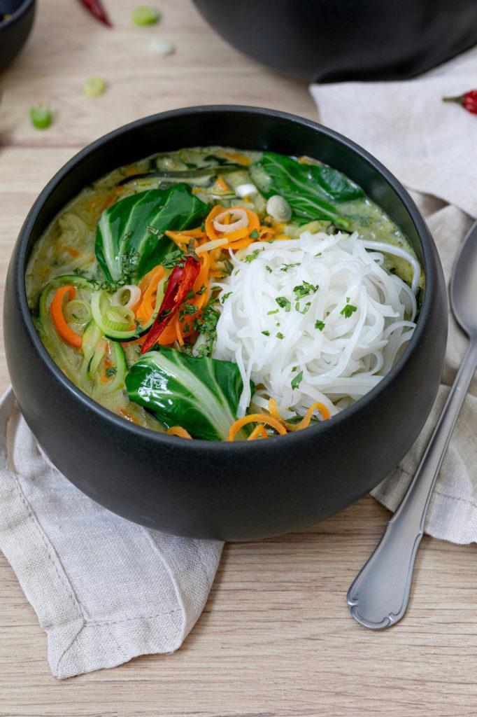 Grünes Thai Curry mit Pack Choi oder Mangold gemacht nach einem Rezept von Sweets & Lifestyle®