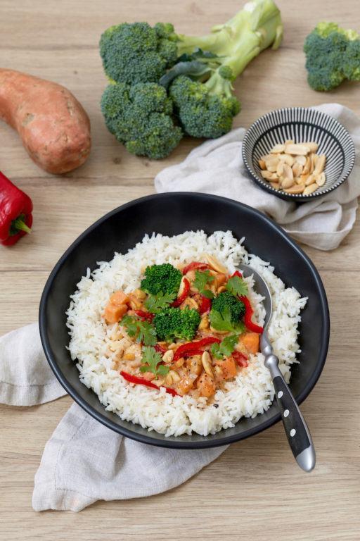 Süßkartoffel Kokos Curry mit Huhn nach einem Rezept von Sweets & Lifestyle®