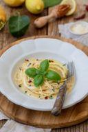 Einfache Zitronenspaghetti mit Sahne ohne Ei nach einem Rezept von Sweets & Lifestyle®