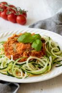 Rezept für Zoodles mit Gemüsebolognese von Sweets & Lifestyle®
