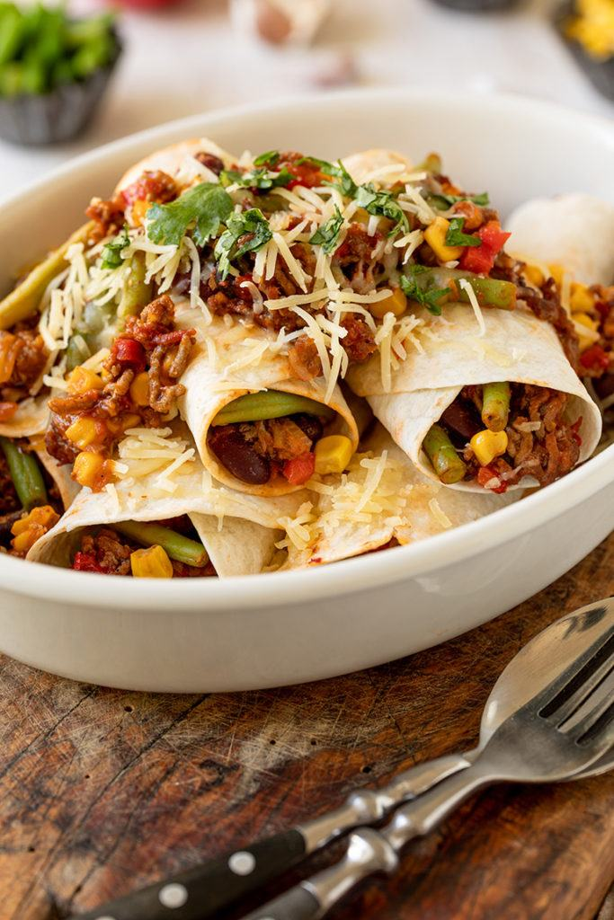 Leckere Enchiladas mit einer Fuellung aus Faschiertem Salsa und Gemuese nach einem Rezept von Sweets & Lifestyle®