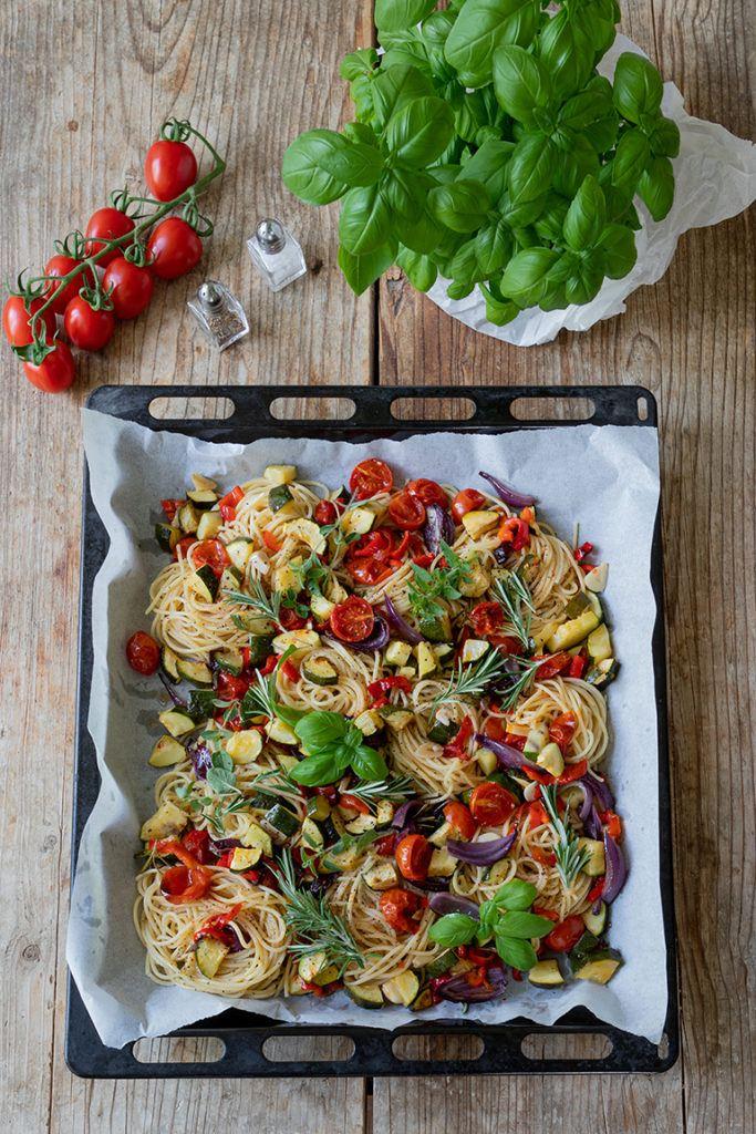 Spaghetti Nudeln mit Ofengemüse nach einem Rezept von Sweets & Lifestyle®