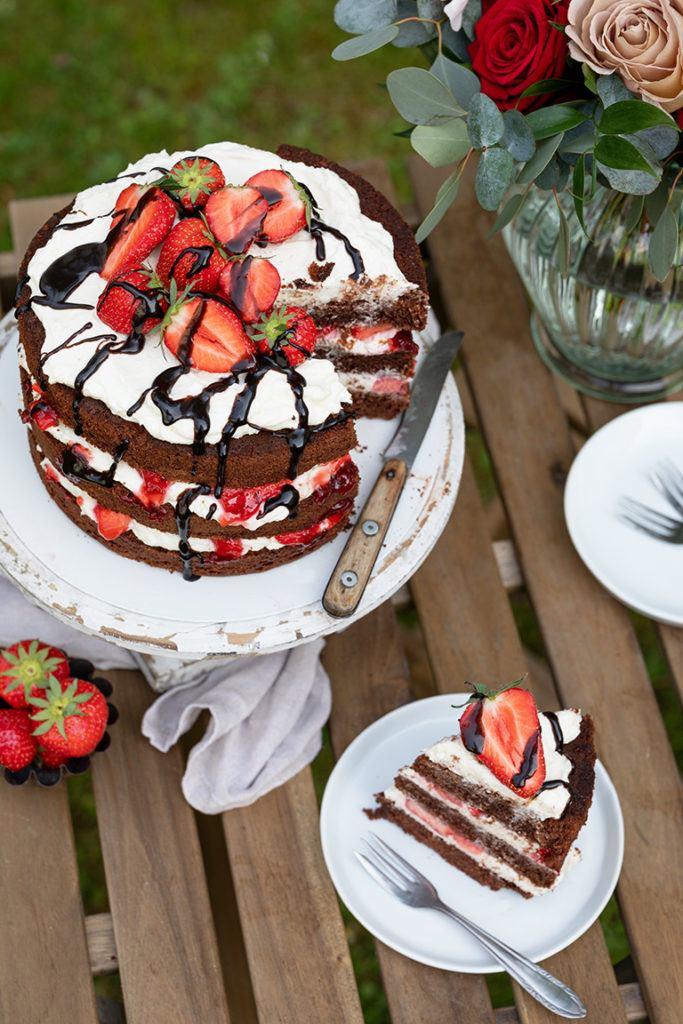 Leckere Schoko Erdbeer Torte mit Mascarpone Creme nach einem Rezept von Sweets & Lifestyle®
