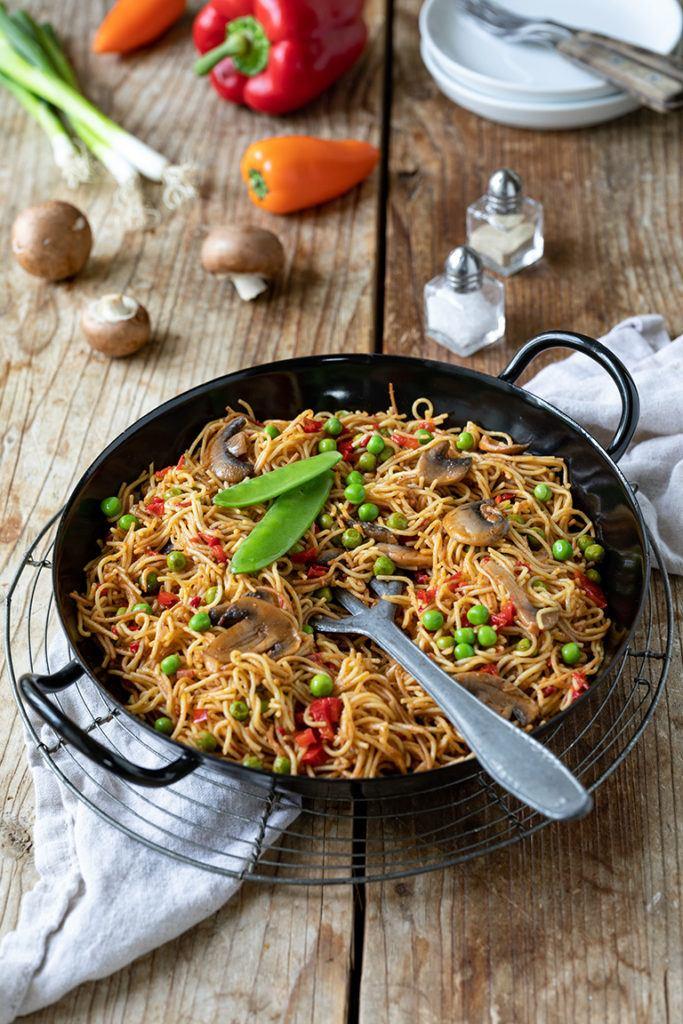 Leckere Nudel Paella mit Gemüse nach einem Rezept von Sweets & Lifestyle®