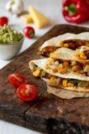 Quesadilla gefuellt mit Kaese Gemuese und Huhn nach einem Rezept von Sweets & Lifestyle®