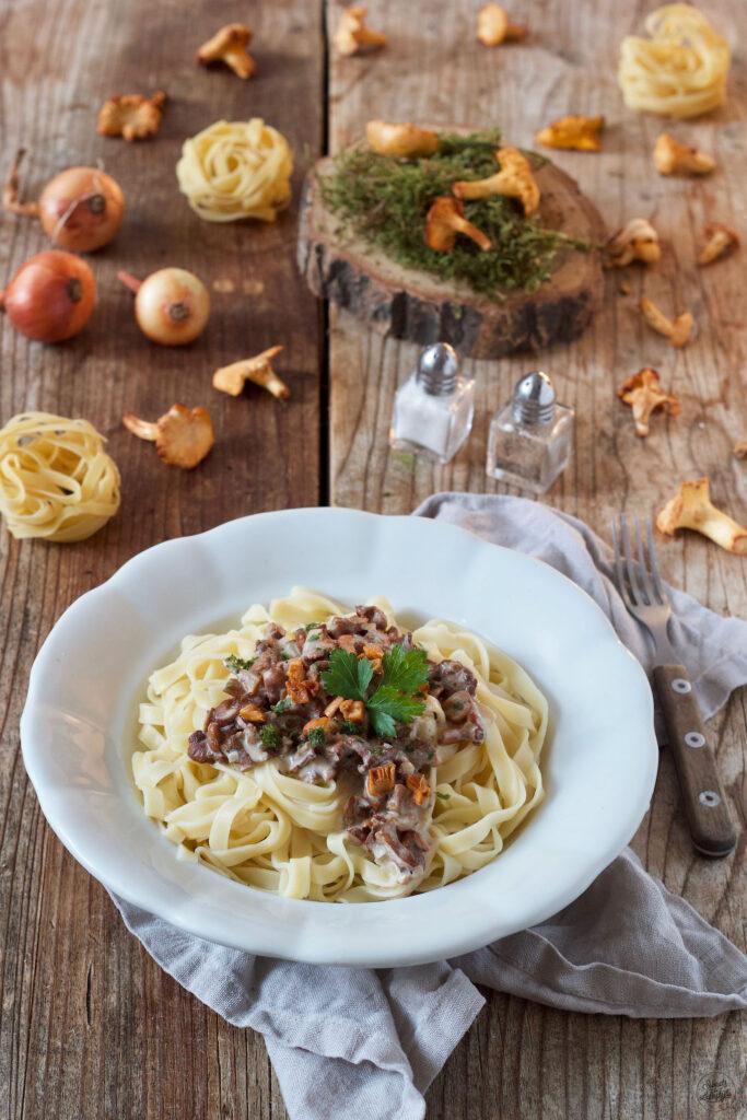 Leckere vegetarische Pasta mit Pfifferlingen nach einem Rezept von Sweets & Lifestyle®