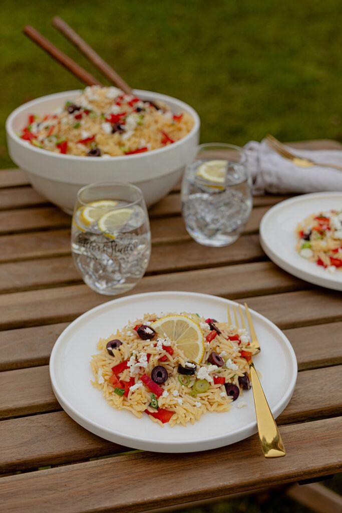 Griechischer Kritharaki Salat mit Schafskaese nach einem Rezept von Sweets & Lifestyle®