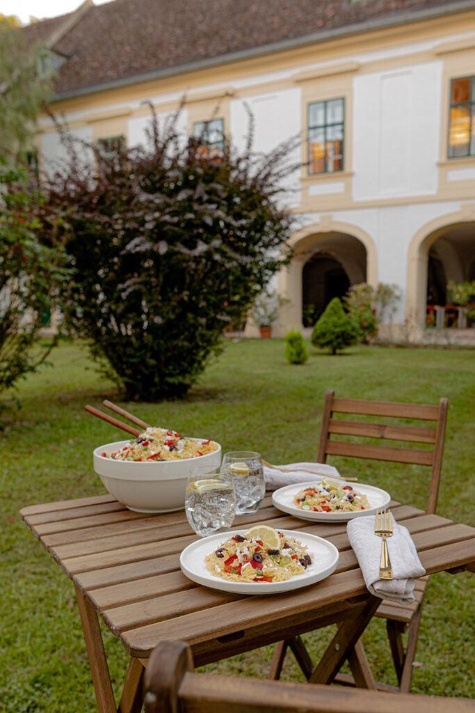 Griechischer Kritharaki Salat als leckerer Sommersalat nach einem Rezept von Sweets & Lifestyle®