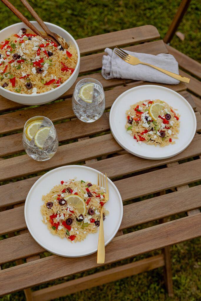Sommerlicher griechischer Kritharaki Salat nach einem Rezept von Sweets & Lifestyle®
