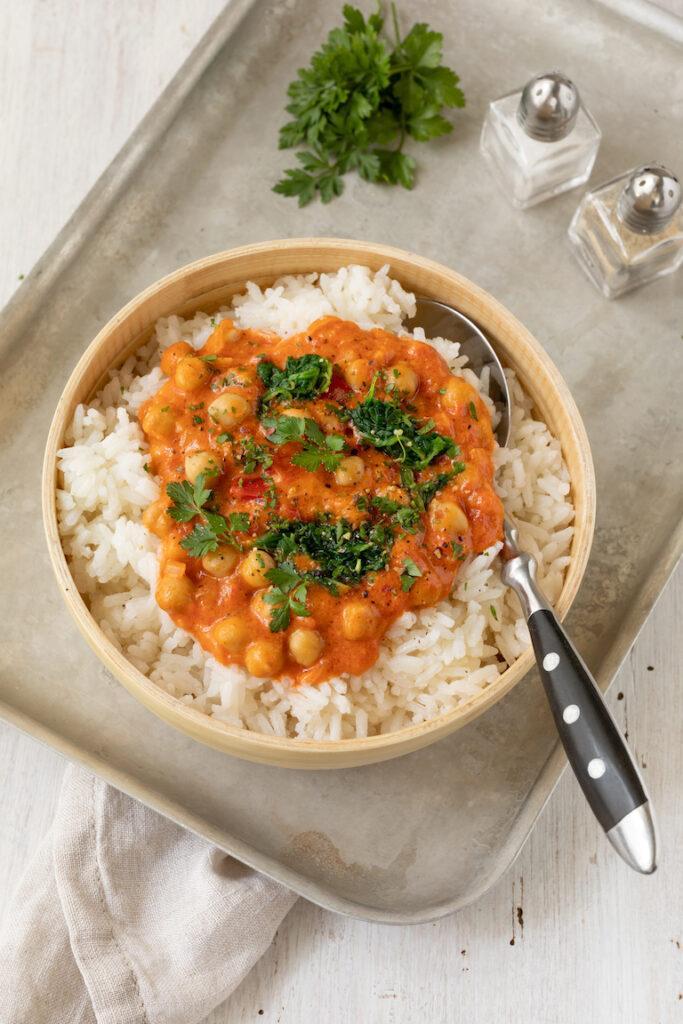 Leckeres Kichererbsen Kokos Curry mit Spinat nach einem Rezept von Sweets & Lifestyle®