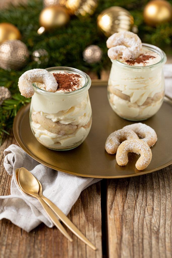 Einfaches Vanillekipferl Tiramisu als leckeres Dessert zu Weihnachten nach einem Rezept von Sweets & Lifestyle®