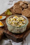 Leckerer Low Carb Thunfischaufstrich mit Ei und Gurken nach einem Rezept von Sweets & Lifestyle®