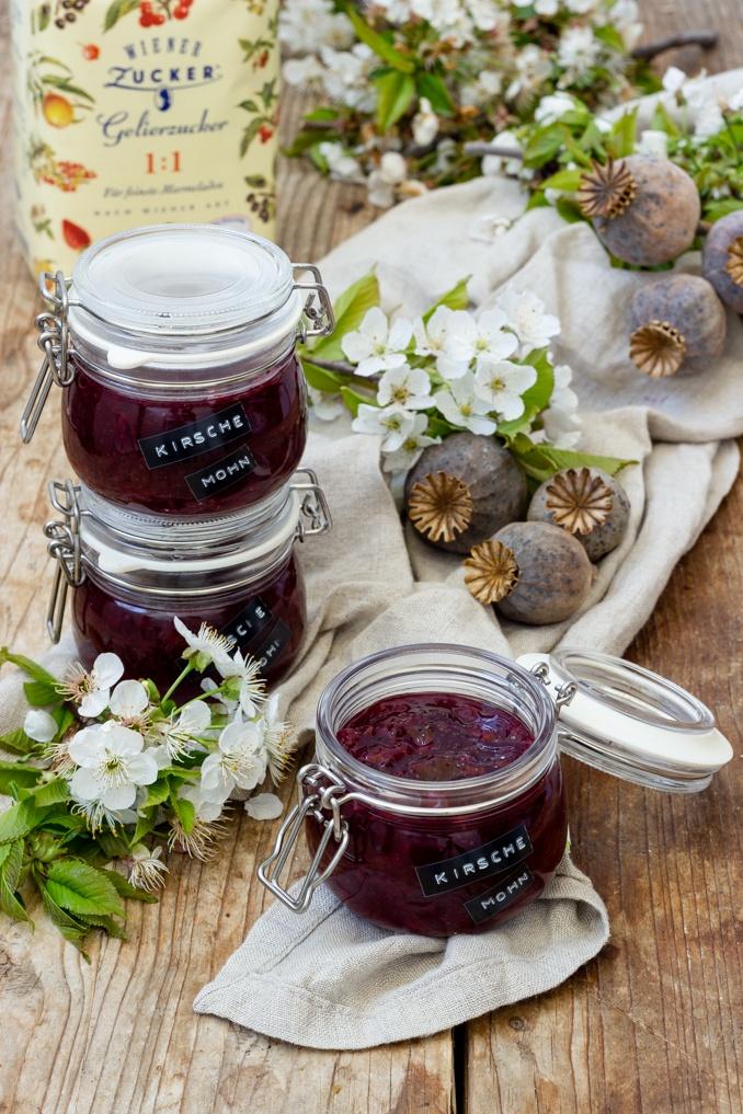 Fruchtige Kirsche Mohn Marmelade nach einem Rezept von Sweets & Lifestyle®