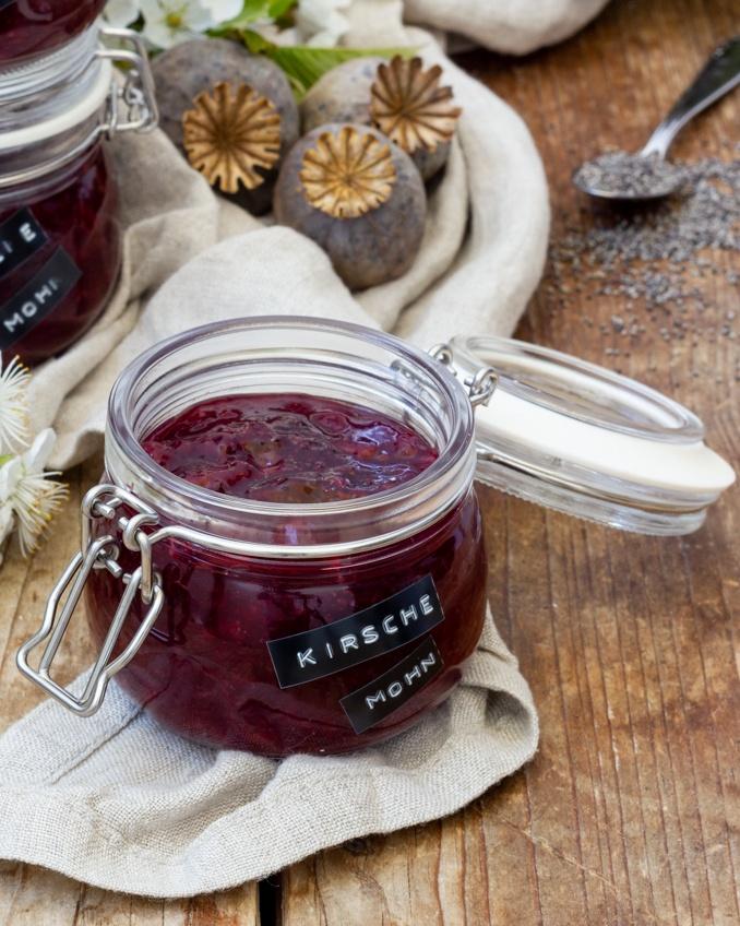 Leckere Kirsch Mohn Konfituere nach einem Rezept von Sweets & Lifestyle®