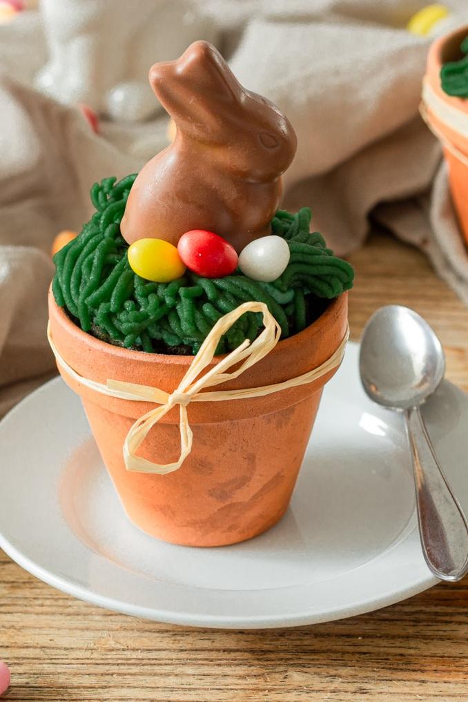 Einfacher Spinatkuchen im Blumentopf als Osterkuchen gebacken nach einem Rezept von Sweets & Lifestyle®