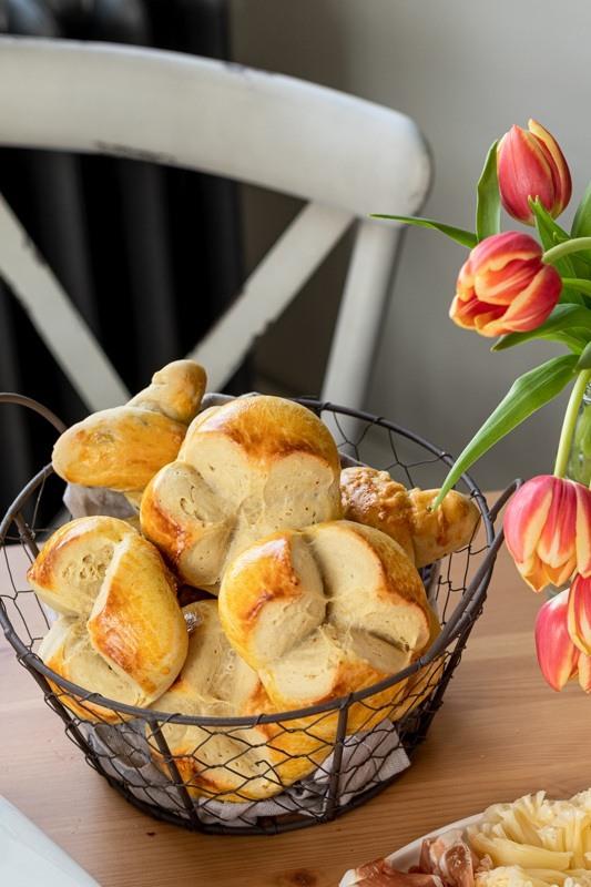 Flaumige Osterpinze mit Safran verfeinert nach einem Rezept von Sweets & Lifestyle®