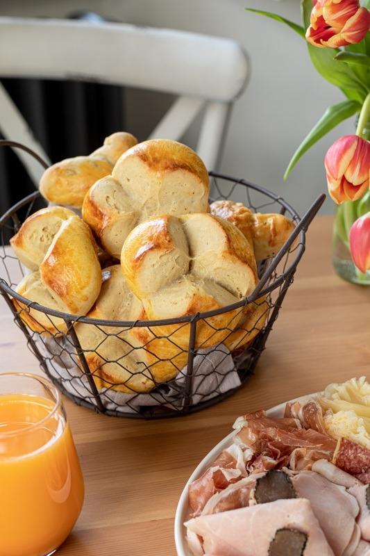 Rezept von Omas Osterpinze mit Trockengerm verfeinert mit Safran gebacken von Sweets & Lifestyle®