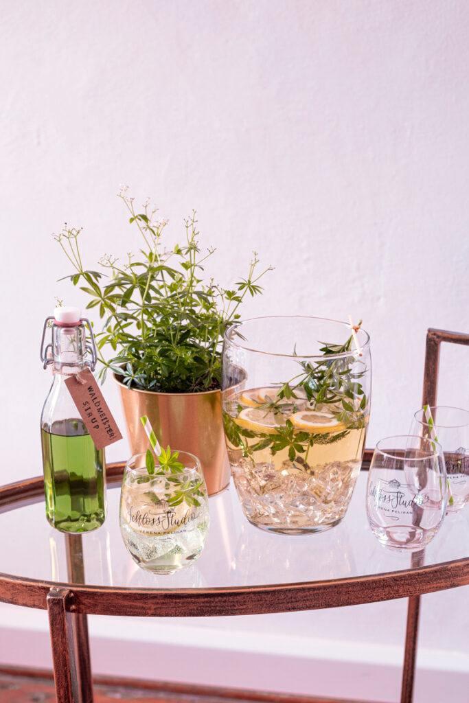 Klassische Waldmeisterbowle nach einem Rezept von Sweets & Lifestyle®