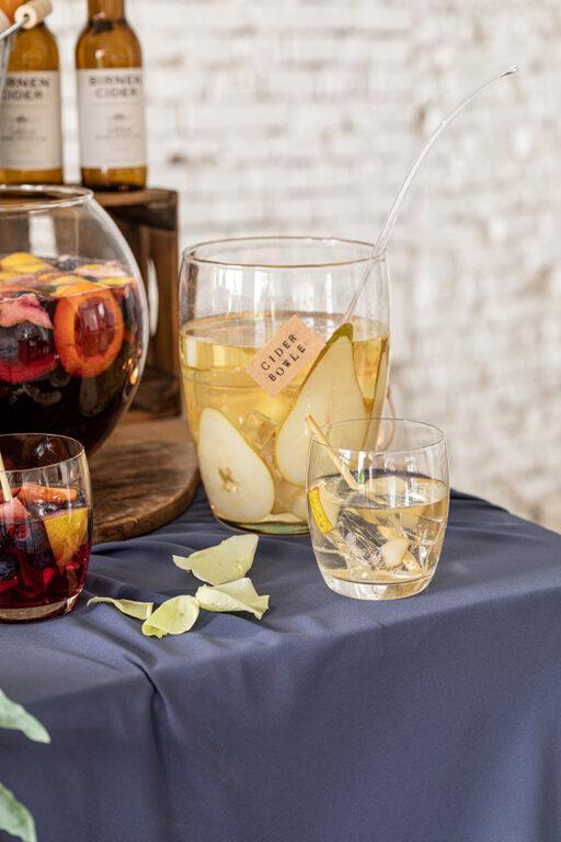 Leckere Birnen Cider Bowle im Glas nach einem Rezept von Sweets & Lifestyle®