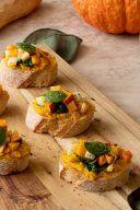 Rezept fuer eine Kuerbis Bruschetta von Sweets & Lifestyle®