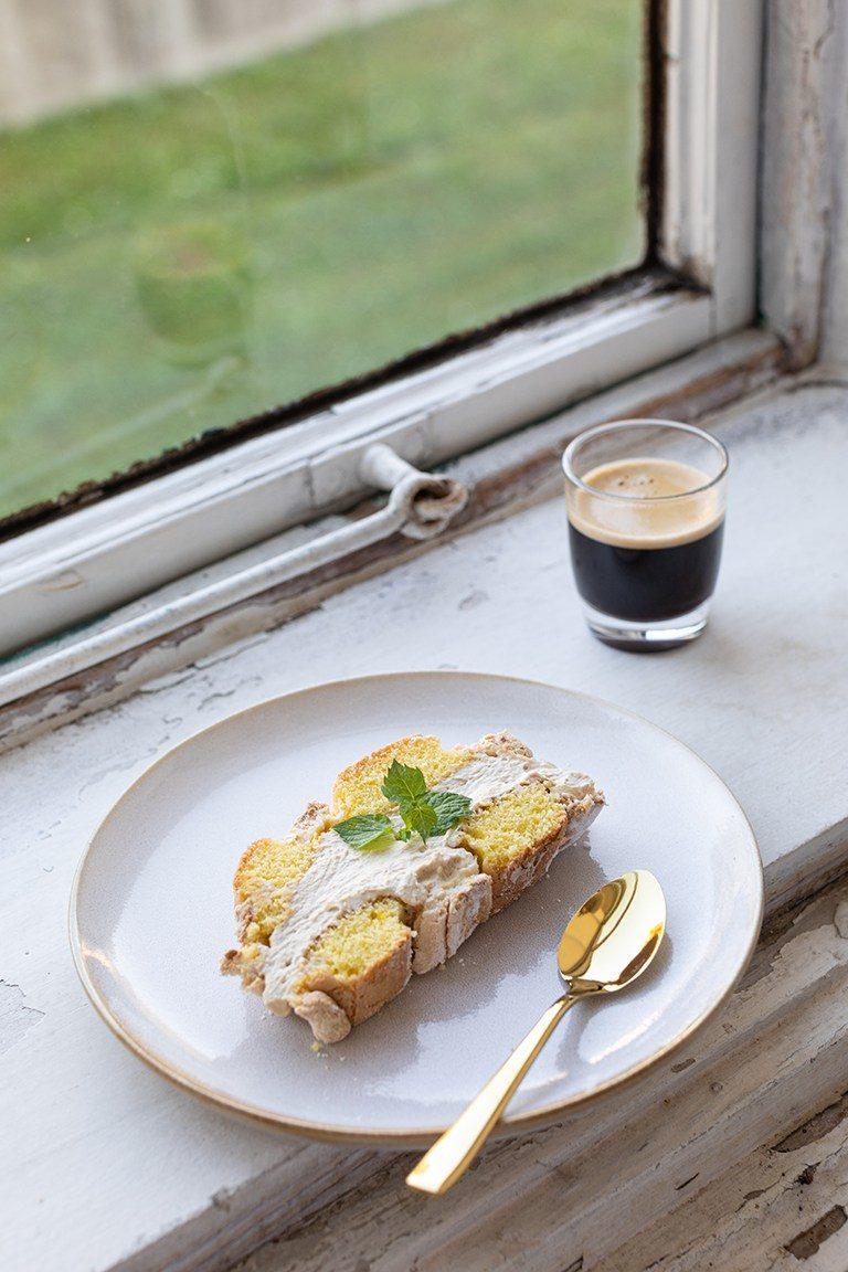 Selbst gemachte Kardinalschnitte mit Kaffeecreme nach einem Rezept von Sweets & Lifestyle®