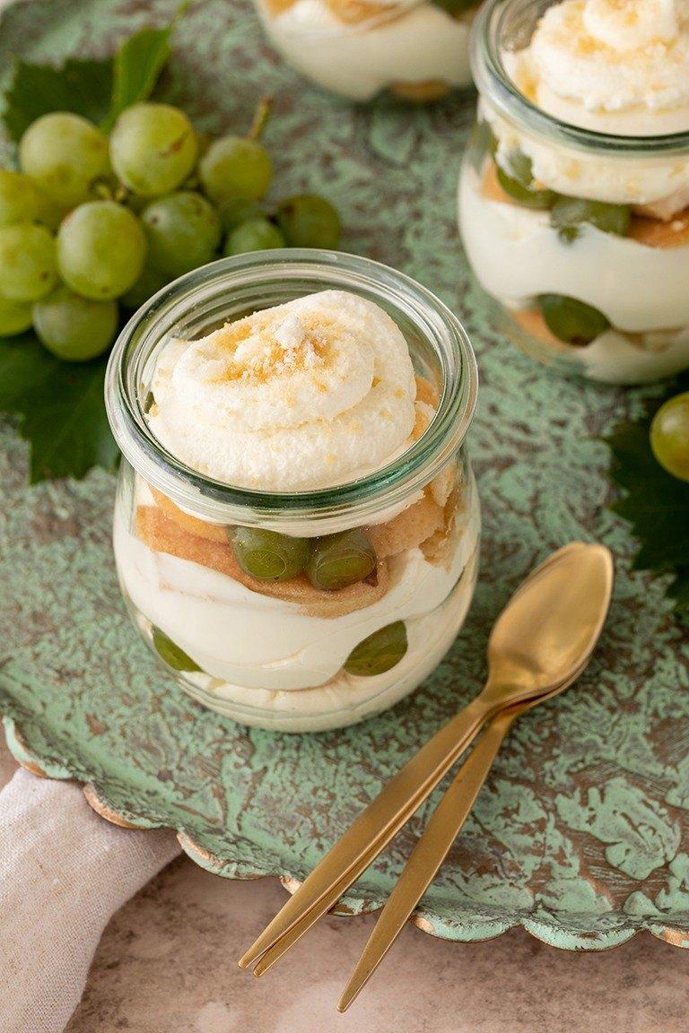 Trauben Tiramisu mit Loeffelbiskuit nach einem Rezept von Sweets & Lifestyle®